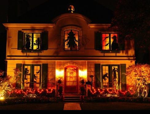 Awesome Halloween Decorated Houses, Halloween decorations, cool halloween decora