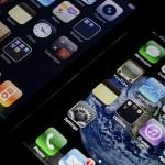iPhoneの充電がもたないとお嘆きのあなたに。スマホの電力消費を少なくする方法と短時間で充電する方法